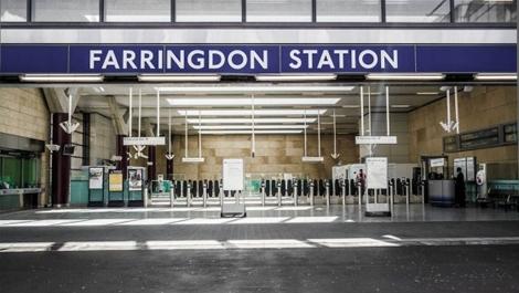 London Farringdon Station